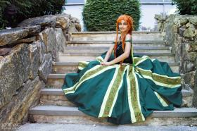 Anna from Frozen worn by Liza