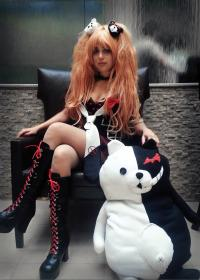 Junko Enoshima from Dangan Ronpa worn by Khainsaw