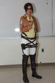 Hanji Zoe from Attack on Titan worn by Khainsaw