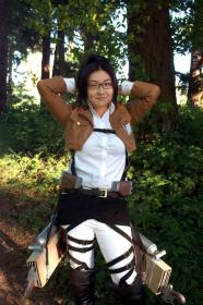 Hanji Zoe from Attack on Titan worn by Nimbus