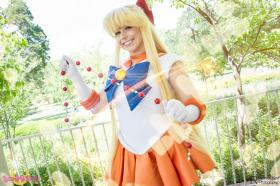 Sailor Venus from Sailor Moon Crystal  by Space Cadet
