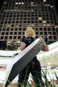 Cloud Strife from Final Fantasy VII  by Pomjo