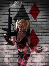 Harley Quinn from Batman: Arkham City  by OscuroLupoCosplay