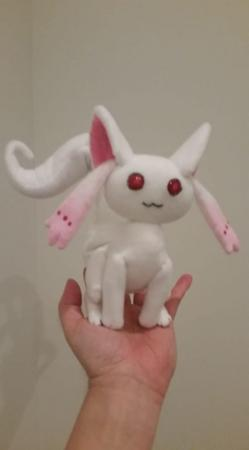 Small Kyubey from Magia Record