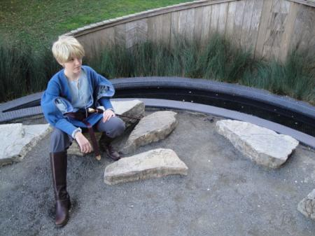 Peter Pevensie from Chronicles of Narnia worn by Hitori
