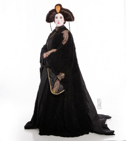 Queen Amidala (Star Wars Episode 1: The Phantom Menace)  by Kelldar