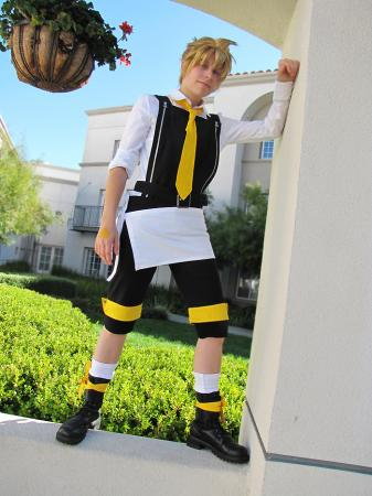 Kagamine Len from Vocaloid 2 worn by Rikku