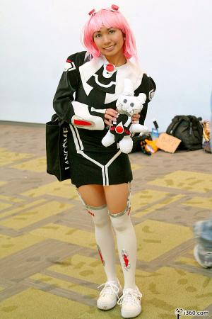 MOMO Mizrahi from Xenosaga Episode I: Der Wille zur Macht worn by CherryTeaGirl