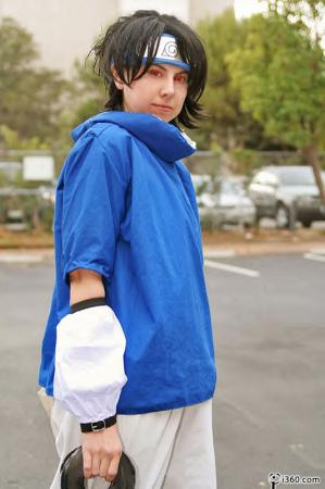 Sasuke Uchiha from Naruto worn by Tohma