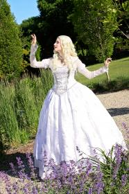 Mirana, The White Queen from Alice in Wonderland