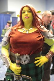 Fiona from Shrek worn by Goblin Girl