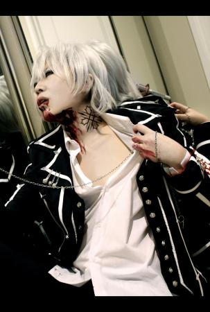 Zero Kiryu from Vampire Knight worn by Die
