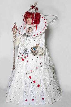 Esther Blanchett from Trinity Blood worn by Die