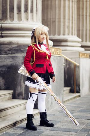 Sento Isuzu from Amagi Brilliant Park worn by Kimmy