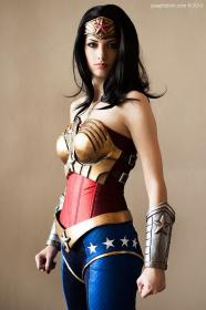 Wonder Woman from Injustice : Gods Among Us worn by Katie