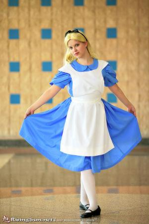 Alice from Alice in Wonderland worn by Lolita Minako