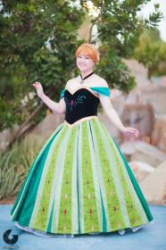 Anna from Frozen worn by Aria