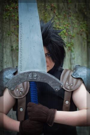 Zack Fair from Final Fantasy VII: Crisis Core worn by Valdrein