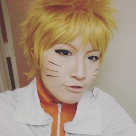 Naruto Uzumaki from Naruto worn by Imari Yumiki