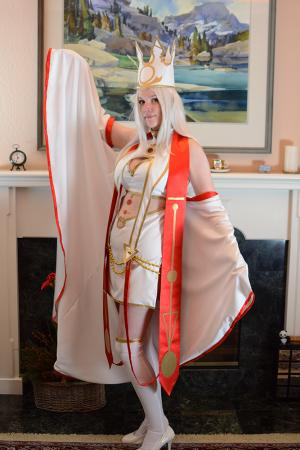 Irisviel von Einzbern from Fate/Grand Order worn by Astro