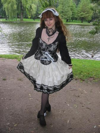 Gothic Lacy Lolita from Original: Gothic Lolita / EGL / EGA worn by Pocky Princess Darcy