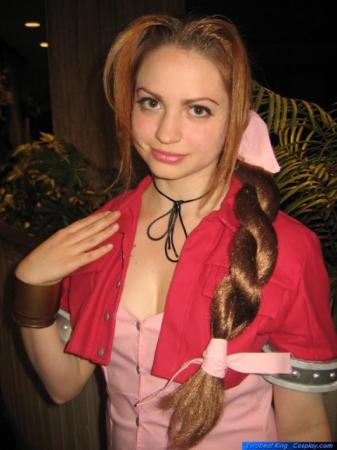 Aeris / Aerith Gainsborough from Final Fantasy VII worn by Melly