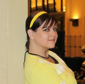 April O'Neil worn by Kira Rhian