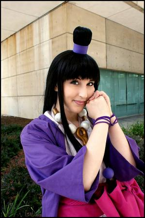 Maya Fey from Phoenix Wright: Ace Attorney worn by Tess