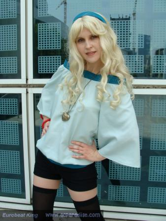 Sheryl Nome from Macross Frontier worn by Luna