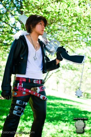 Squall Leonheart from Final Fantasy VIII worn by aznbassplayer