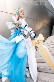 Lovely Maiden Princess Valkyrie from Puzzle & Dragons worn by Ashley