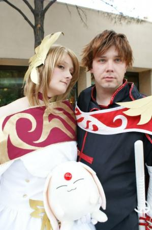 Sakura from Tsubasa: Reservoir Chronicle worn by Aurianne