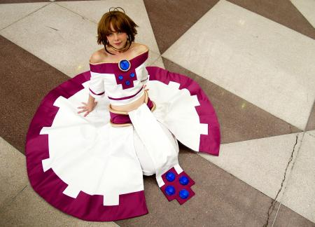 Sakura from Tsubasa: Reservoir Chronicle worn by Dandelionswish