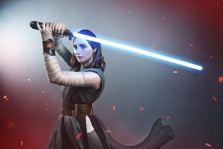 Rey from Star Wars Episode 8: The Last Jedi worn by TotallyToastyAri