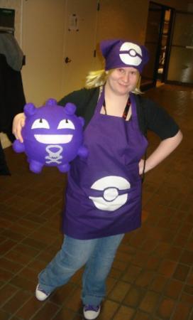 Breeder from Pokemon worn by Taru