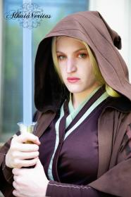 Jedi Consular from Star Wars: The Old Republic worn by Beverly