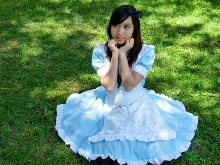 Alice from Alice in Wonderland worn by Kimikotan
