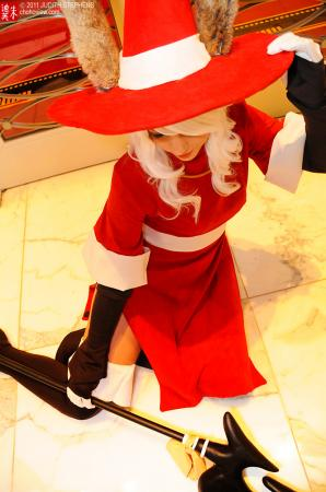 Viera Red Mage from Final Fantasy Tactics Advance