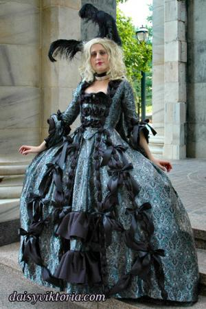 Fantasy Rococo from Original:  Historical / Renaissance worn by Annwyn Daisy Viktoria