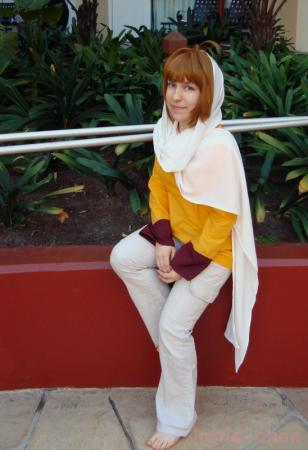 Sakura from Tsubasa: Reservoir Chronicle worn by Hobbit Katie