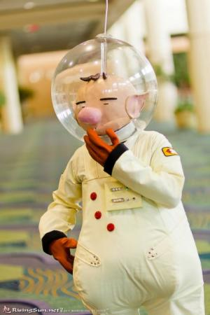 Olimar from Pikmin worn by negativedreamer