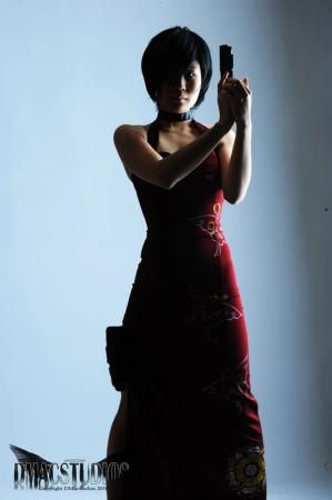 Ada Wong from Resident Evil 4 worn by Hyokenseisou