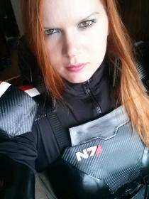 Commander Shepard from Mass Effect 3 worn by nikineko