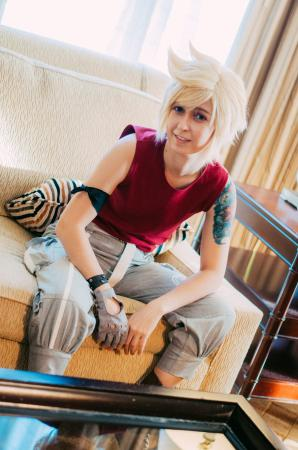 Prompto Argentum from Final Fantasy XV worn by Bluucircles