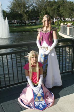 Princess Zelda from Legend of Zelda: Twilight Princess worn by FantasyNinja