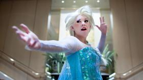 Elsa from Frozen worn by Kiyonohashi