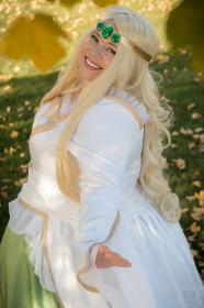 Princess Emeraude from Tsubasa: Reservoir Chronicle worn by Lunaladyoflight