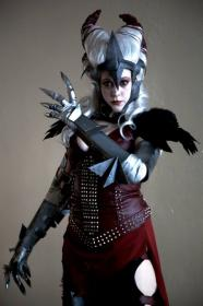 Flemeth from Dragon Age 2 worn by Leelee