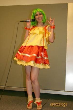 Ranka Lee from Macross Frontier worn by Kara Dennison