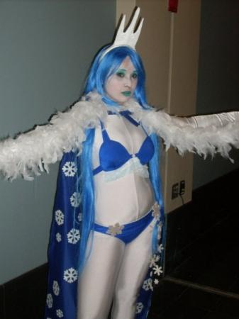Shiva from Final Fantasy XII: Revenant Wings worn by Erisaka